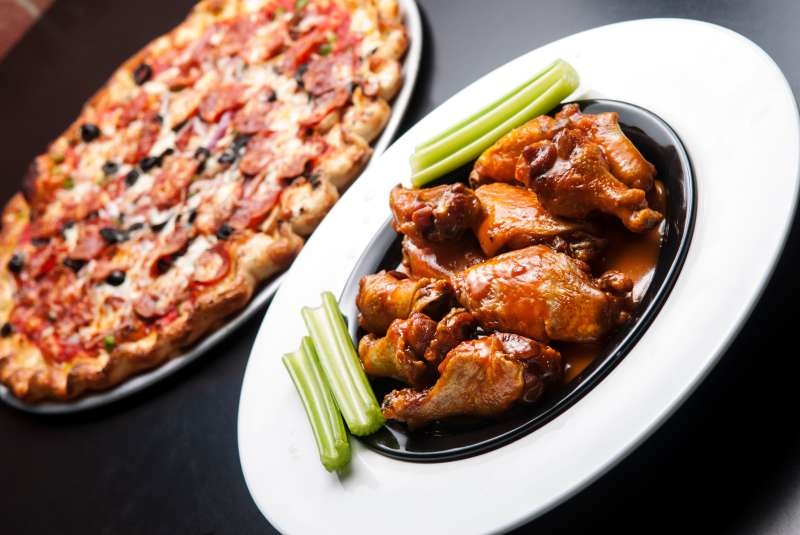 Buffalo Wings Pizza