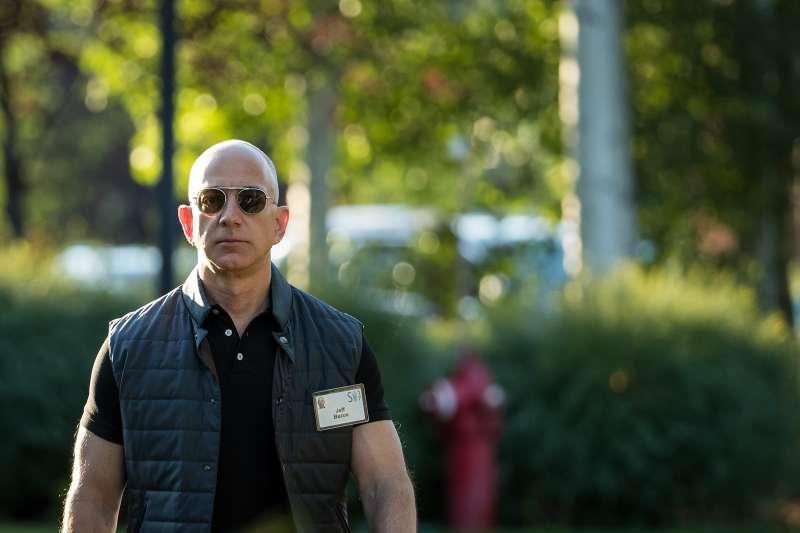 Amazon CEO Jeff Bezos at Idaho tech summit