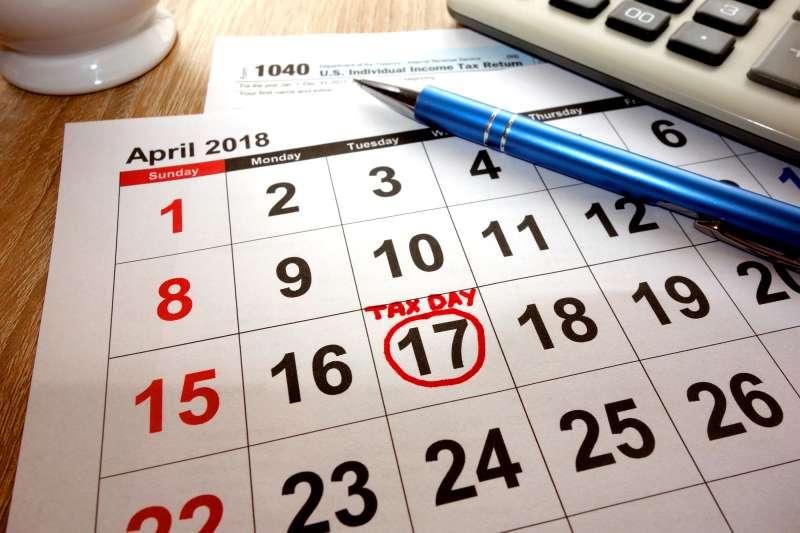 180411-tax-day-april