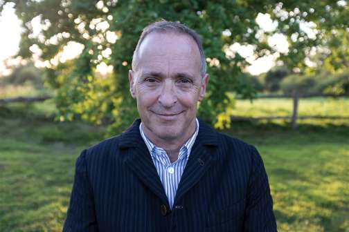 David Sedaris Loves Being Rich and Would Enjoy Telling You How Much His Shirt Cost