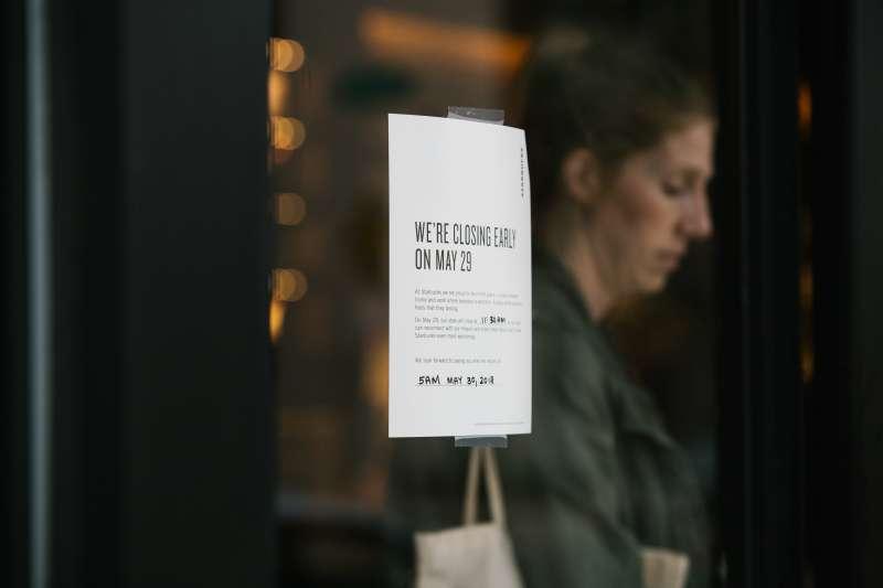 Starbucks Corp. Hold Employee Racial-Bias Training, Shutting 8,000 US Locations