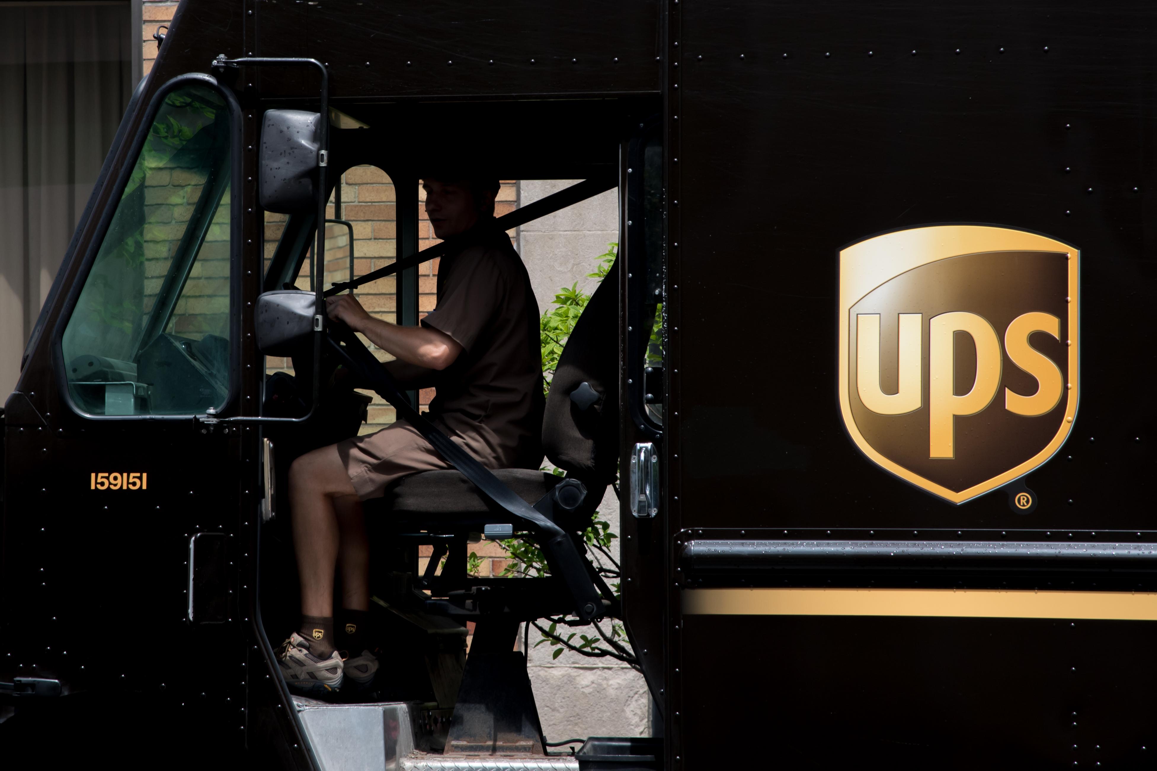 UPS Labor Strike In Chicago