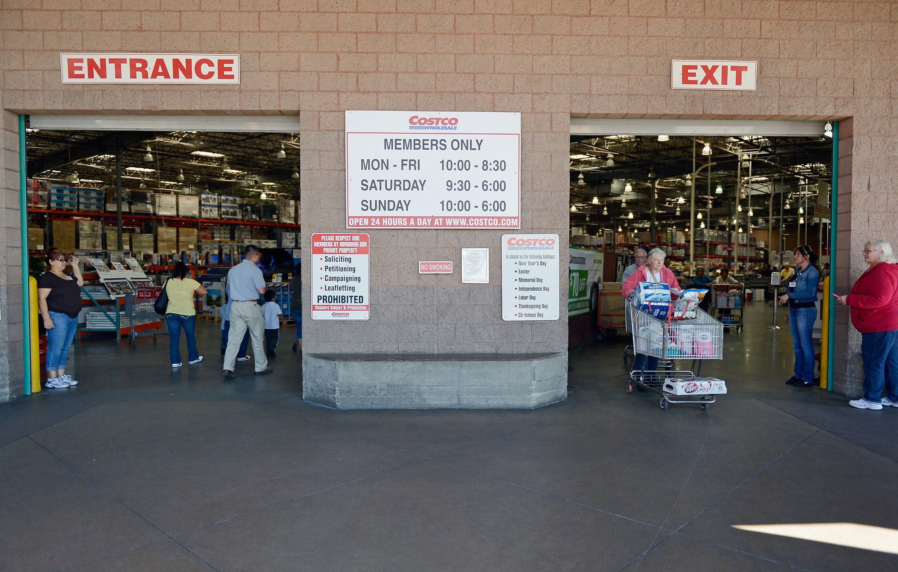 Costco Reports Quarterly Earning Up Almost 40 Percent