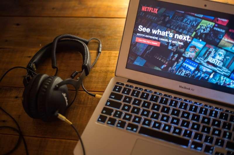 The Netflix website seen displayed on a Apple MacBook Air