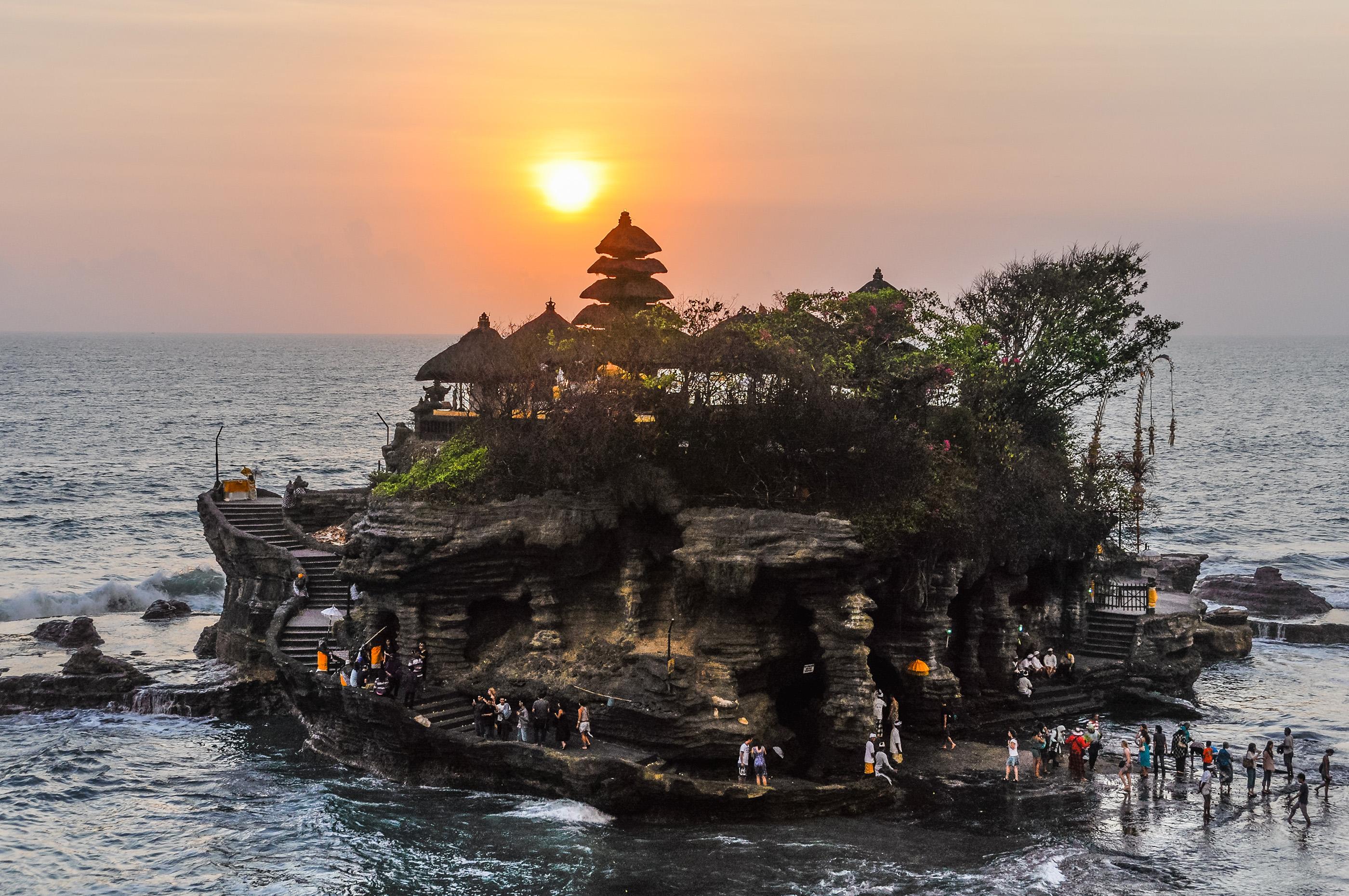 180803-cheapest-international-destinations-bali