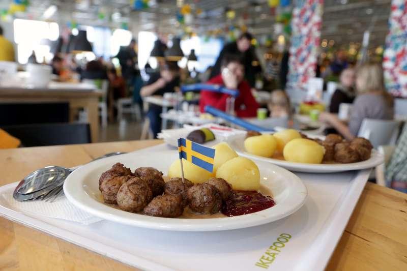 Russia Economy Ikea - Mar 2013