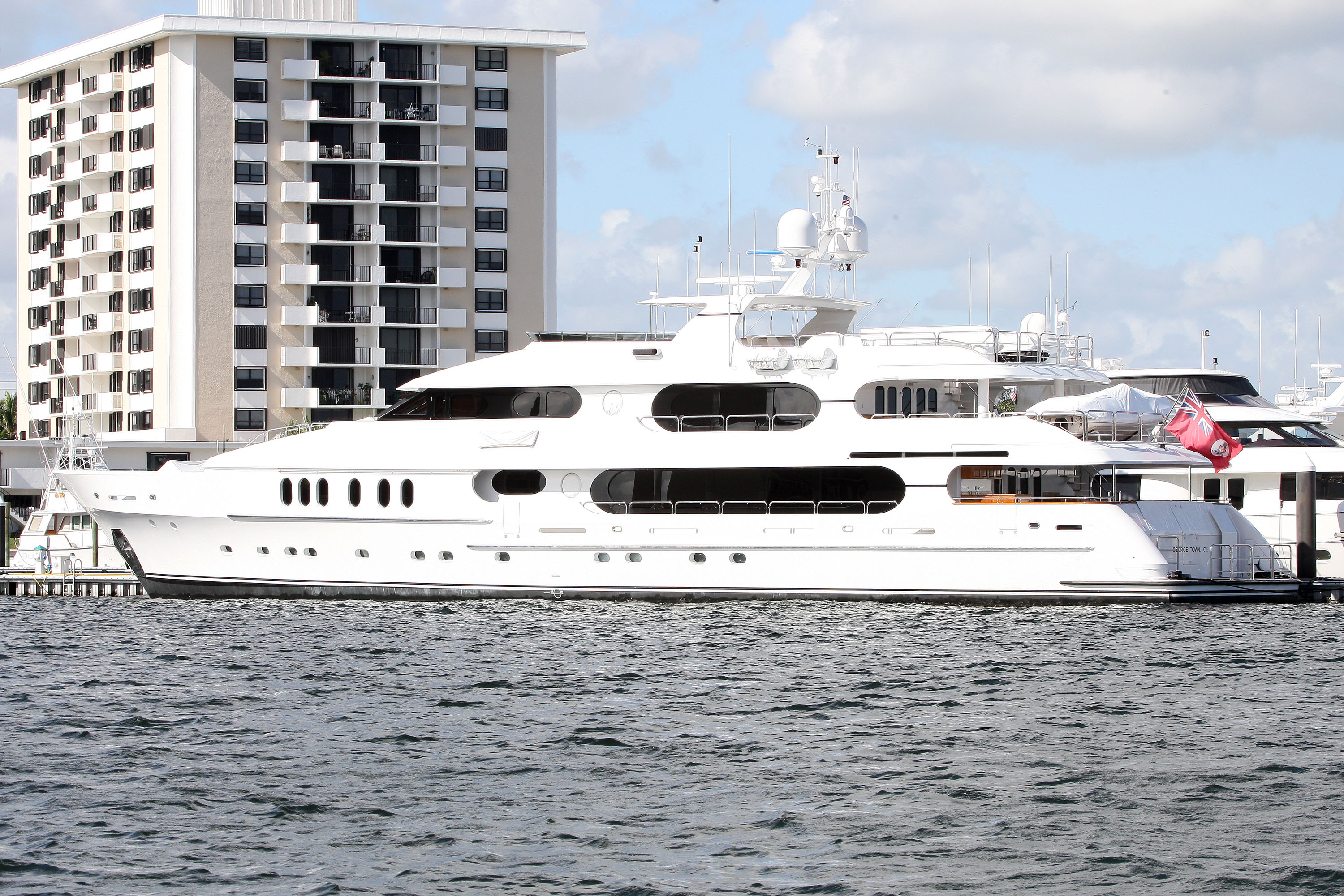Tiger Woods Boat Docked In Palm Beach County