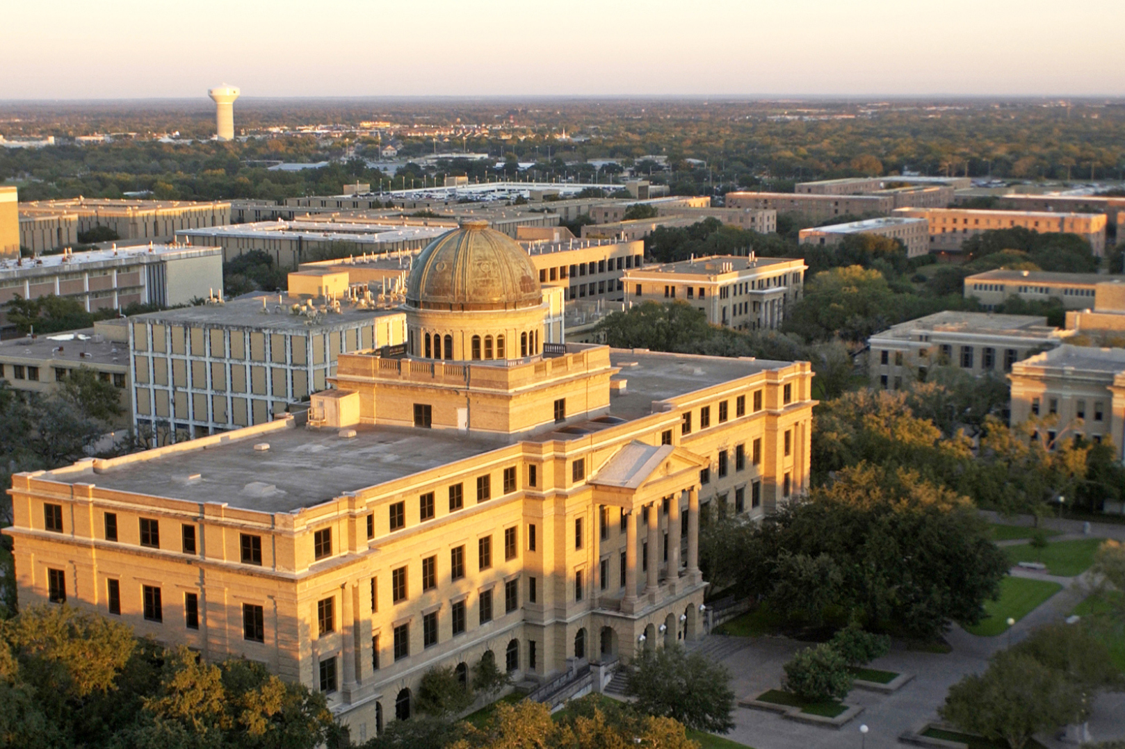 2016_08_best_colleges_texas_am_13