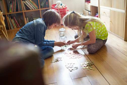 How to Teach Your Kids About Money and Help Them Be Financially Responsible Adults