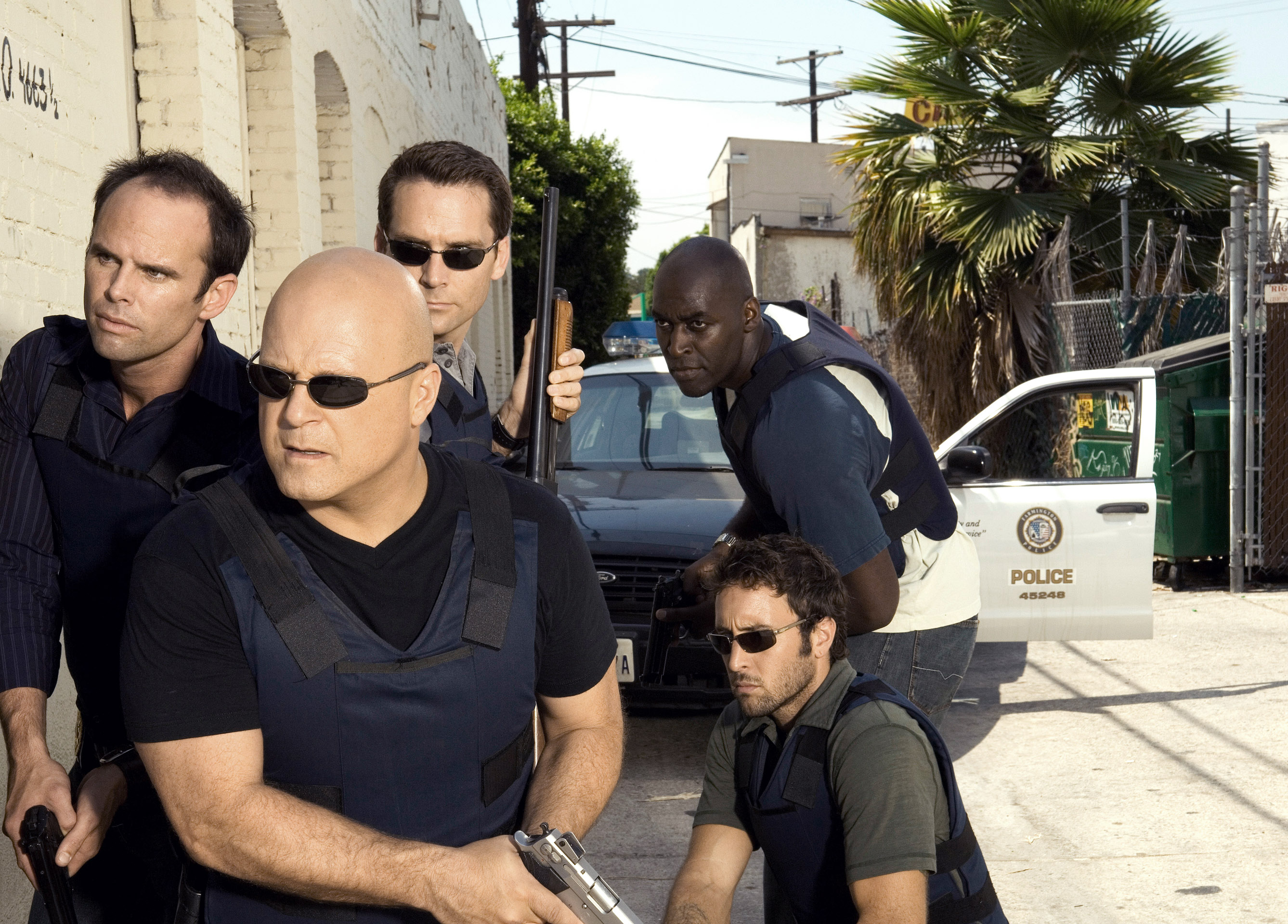 THE SHIELD, (clockwise from top right): Michael Jace, Alex O'Loughlin, Michael Chiklis, Walton Goggi