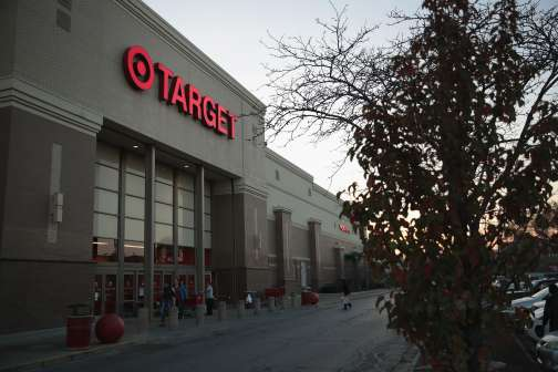All the Big Stores With Extra-Long Holiday Hours, Plus Shipping Deadlines for Online Shoppers