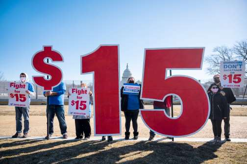 4 Myths About the $15 Minimum Wage Debate