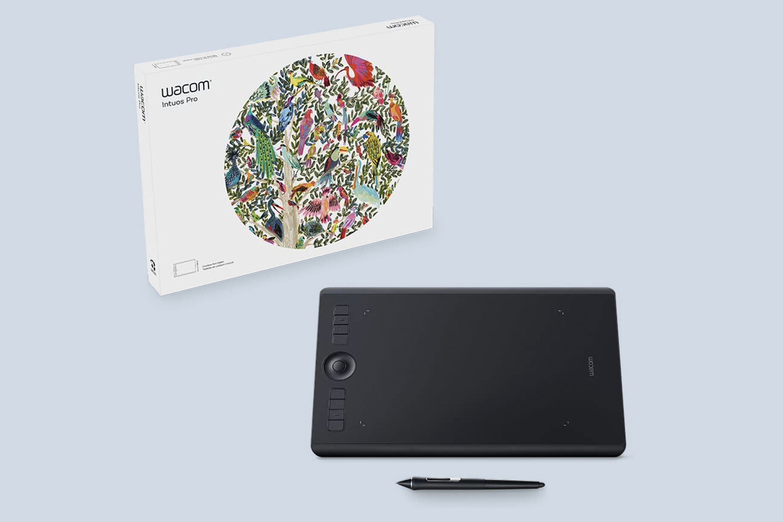 Wacom Intuos Pro Medium (PTH660) Drawing Tablet