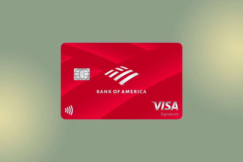 Bank of America Customized Cash Rewards Credit Card for Students on a colored background