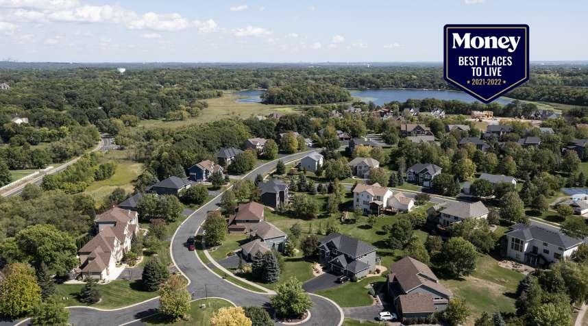 Aerial view of the Lake Lucy Ridge neighborhood in Chanhassen, Minnesota